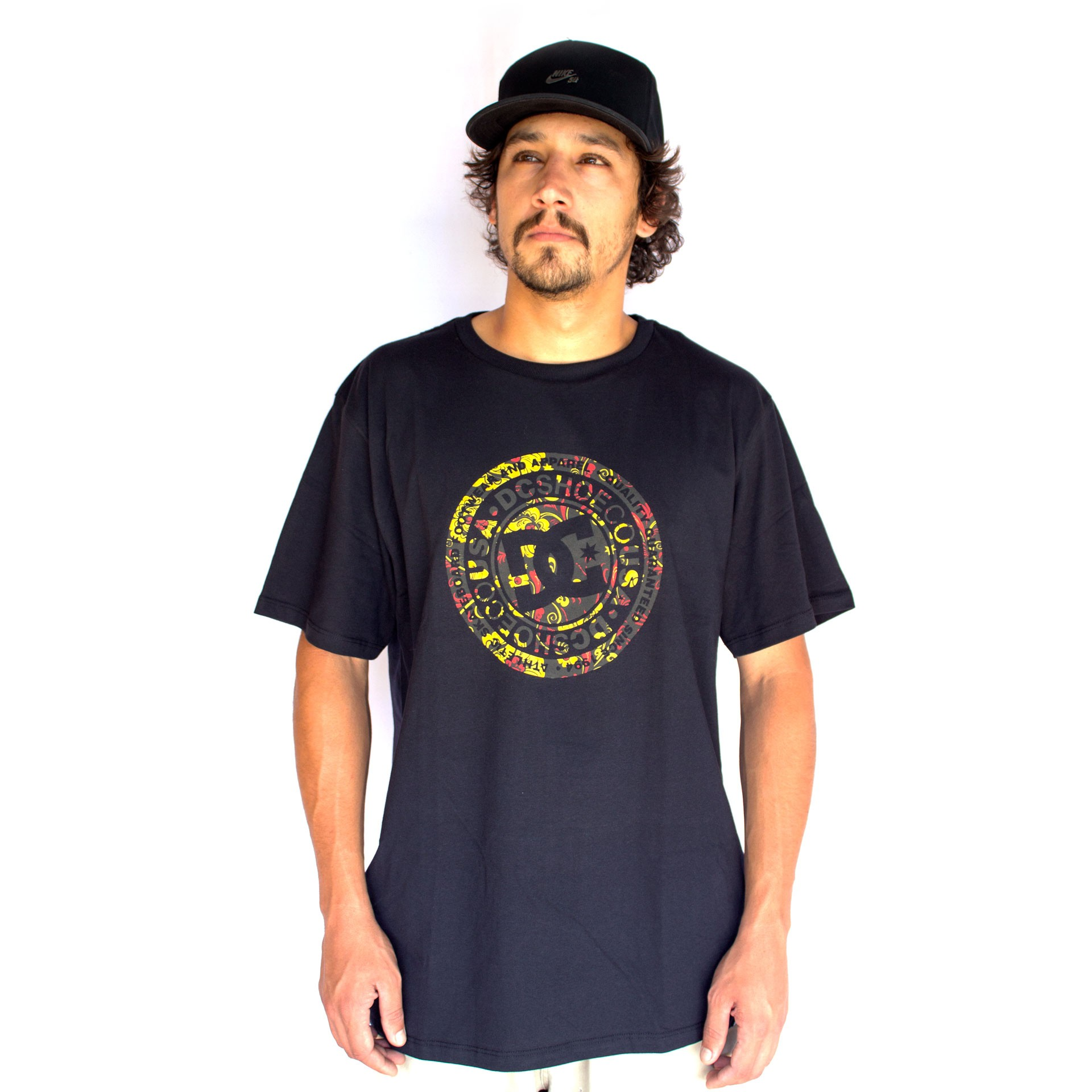 Camiseta DC Shoes Basica Circle Print Preto